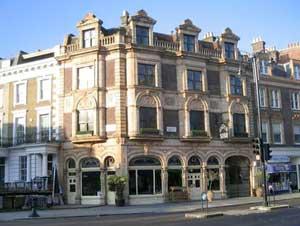 Photo of the Drayton Arms pub